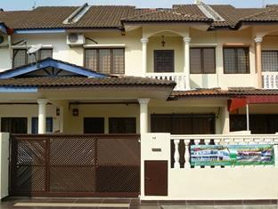 Glorious Straits Vacation Home - Hotels and Accommodation in Malaysia, Asia