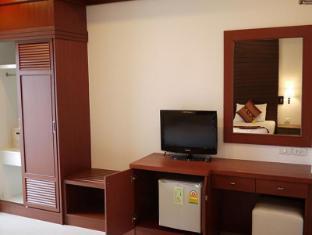 Naithon Beach Mansion Phuket - Double Bedroom