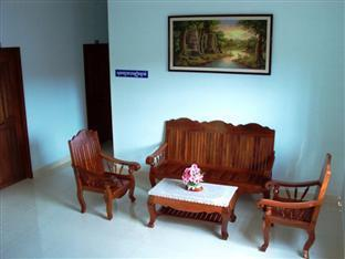 Hang Pich Guesthouse Sihanoukville - Sitting Area
