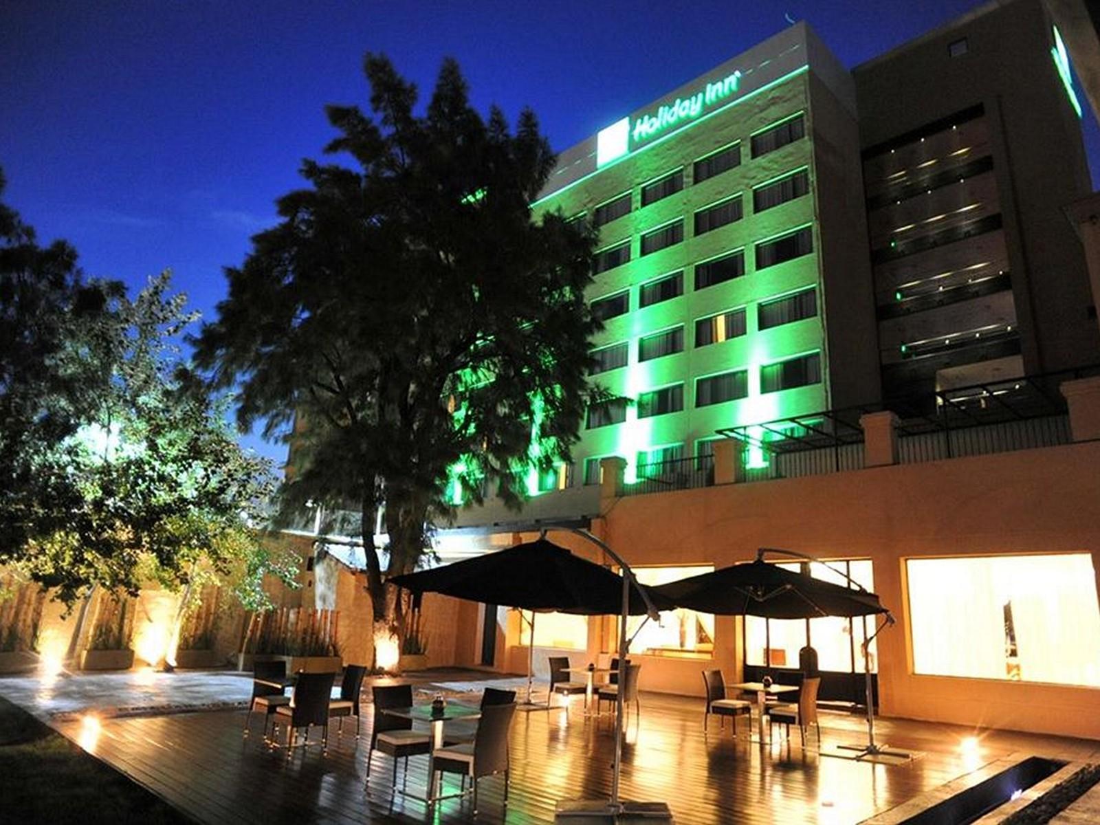 Holiday Inn Ezeiza Airport - Hotell och Boende i Argentina i Sydamerika