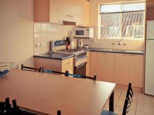 Baybeachfront Apartments Adelaide - 3 Bedroom Apartment