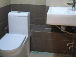 โรงแรมไดนาสตี้คอมเมอเชียล ฮ่องกง - ห้องน้ำ