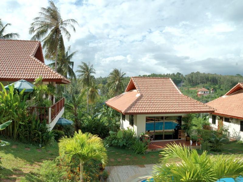 Baan Suan Resort פוקט