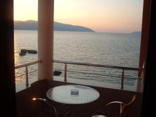 New York Hotel Vlora - Balcony