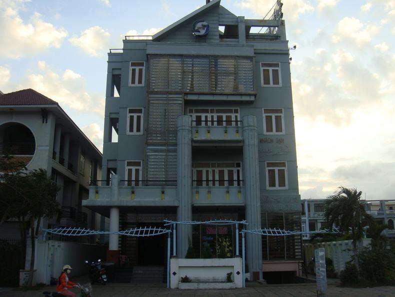 Lam Tra 1 Hotel - Hotell och Boende i Vietnam , Tuy Hoa (Phu Yen)