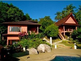 เดอะร๊อคลักชูรี่วิลลา (The Rocks Luxury Villas) : ที่พักเกาะเต่า