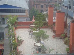 Budget Multiplex Hotel Kathmandu - Food, drink and entertainment