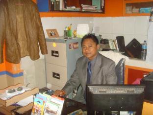 Budget Multiplex Hotel Kathmandu - Business Center