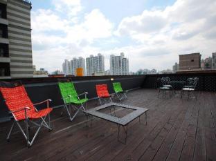 South Korea Hotel Accommodation Cheap | Goodstay Peter Cat Hotel Seoul - Balcony/Terrace