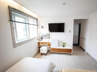 South Korea Hotel Accommodation Cheap | Goodstay Peter Cat Hotel Seoul - Guest Room