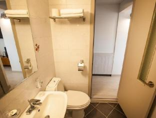 South Korea Hotel Accommodation Cheap | Goodstay Peter Cat Hotel Seoul - Bathroom