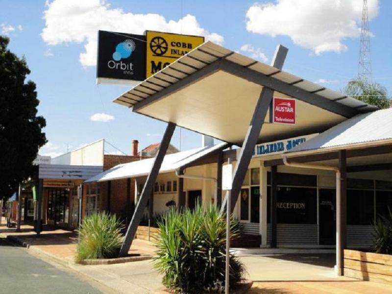 Cobb Inlander Motel - Hotell och Boende i Australien , Hay