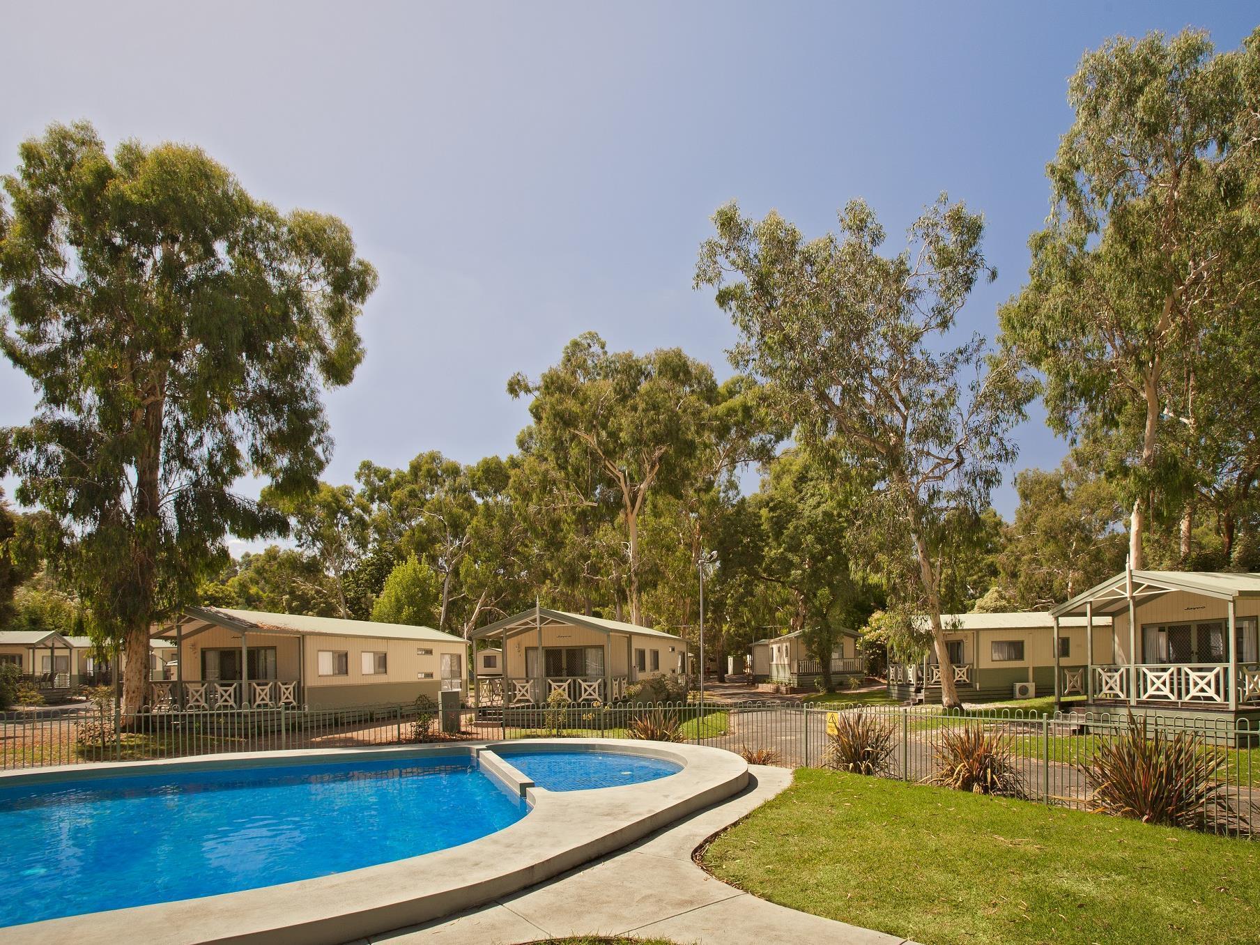 Crystal Brook Tourist Park Hotel - Hotell och Boende i Australien , Melbourne