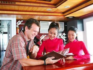Halong Eclipse Cruise Halong - Bar Order
