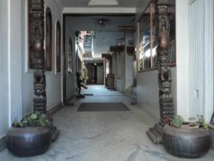 Hotel Padma Katmandu - Bejárat