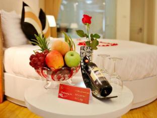 Splendid Star Suite Hotel Hanoi - Golf Course