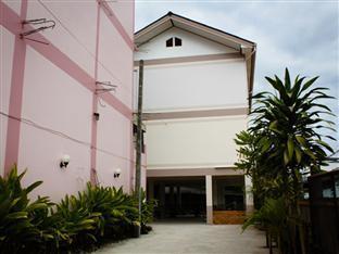 Somrudee Place Fang - Somrudee Place Building