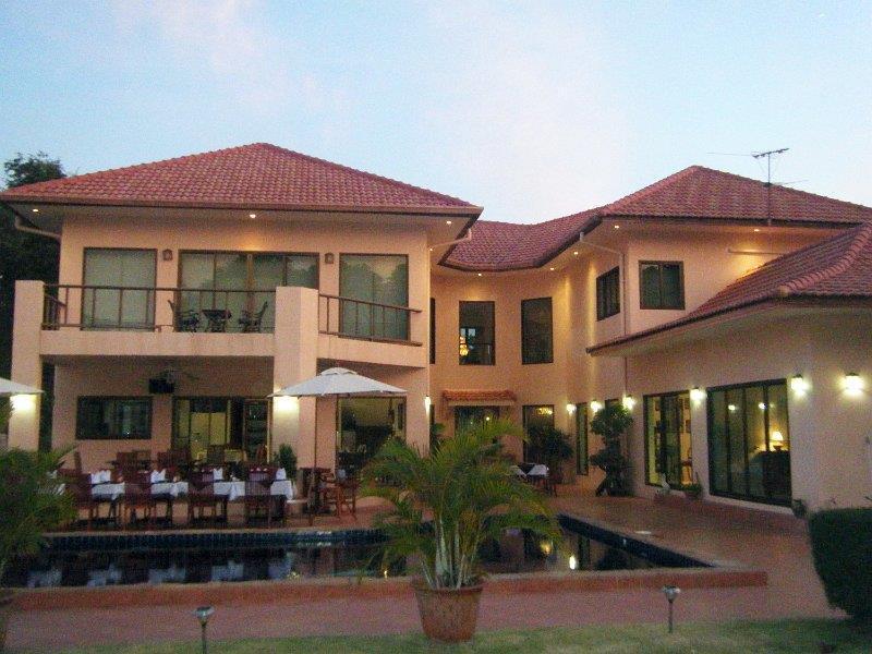Mukdahan Manor B&B Mukdahan