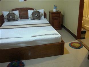 Golden Noura Villa Phnom Penh - Standard Double