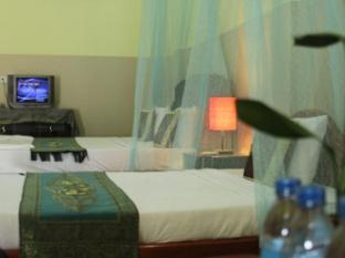 Golden Noura Villa Phnom Penh - Superior Twin Bed Room