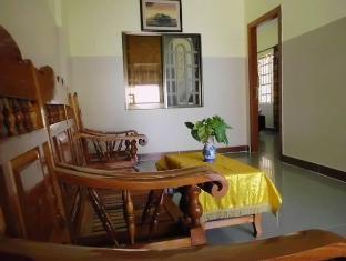 Golden Noura Villa Phnom Penh - Suite Room