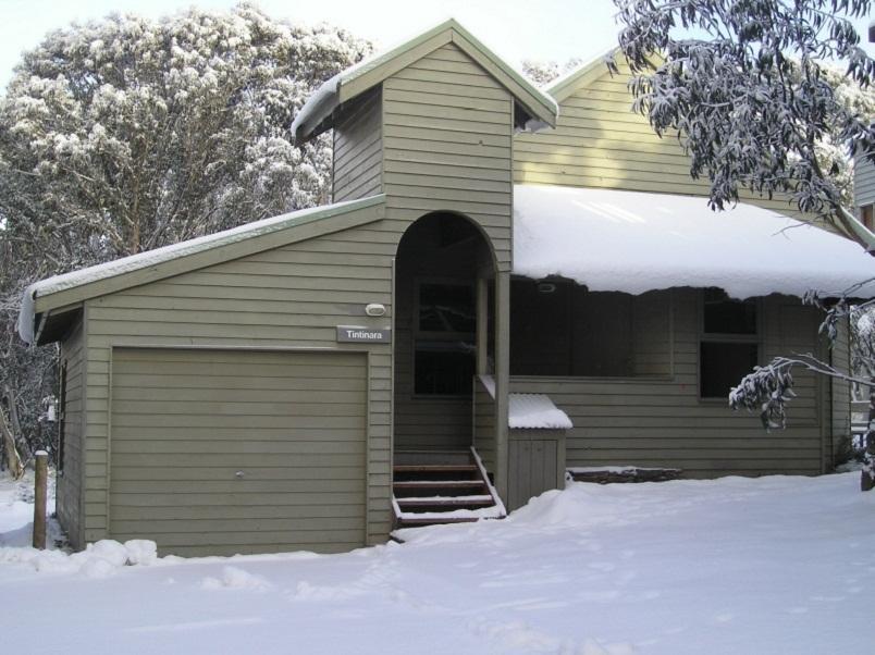 Tintinara Holiday Chalet - Hotell och Boende i Australien , Dinner Plain