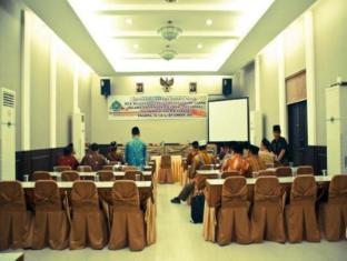 foto1penginapan-Hotel_Padang