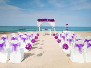 Dusit Thani Laguna Pool Villa Phuket - Beach Wedding