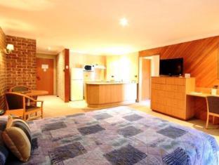 The Hermitage Motel Campbelltown Sydney - Kitchen Unit
