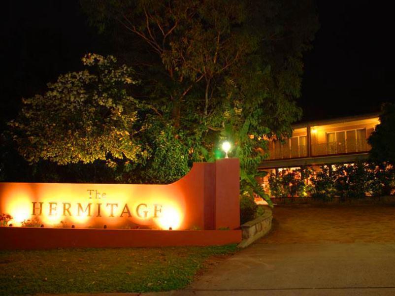The Hermitage Motel Campbelltown - Hotell och Boende i Australien , Sydney