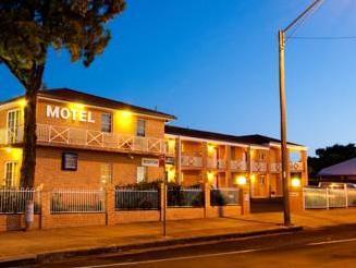 Blue Gum Motor Inn - Hotell och Boende i Australien , Dubbo