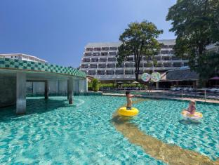 Andaman Embrace Resort & Spa Patong Beach Phuket - Swimming Pool