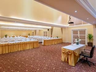 Andaman Embrace Resort & Spa Patong Beach Phuket - Meeting Room