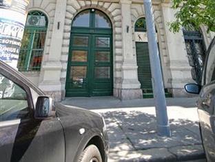 Apartment Rakpart I. Budapest Budapest - Street
