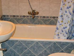 Castle Ponty Apartment Budapest - Bathroom