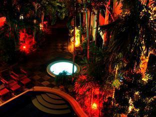 Hilltop Hotel Phuket - Have
