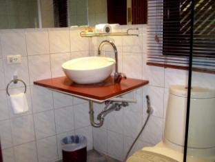 Hilltop Hotel Пхукет - Ванная комната