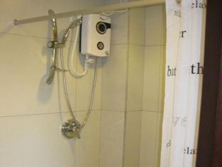 Cinfandel Suites Cebu - Μπάνιο