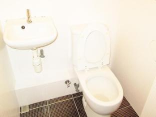 Times' Budget Hotel Hong Kong - Las Vegas Group Hostels HK Hong Kong - Bathroom
