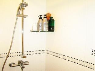 Times' Budget Hotel Hong Kong - Las Vegas Group Hostels HK Hong Kong - Bath Lotion