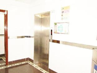 Times' Budget Hotel Hong Kong - Las Vegas Group Hostels HK Hong Kong - Hotel Lift Lobby