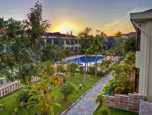 Hibiscus Angkor Resort