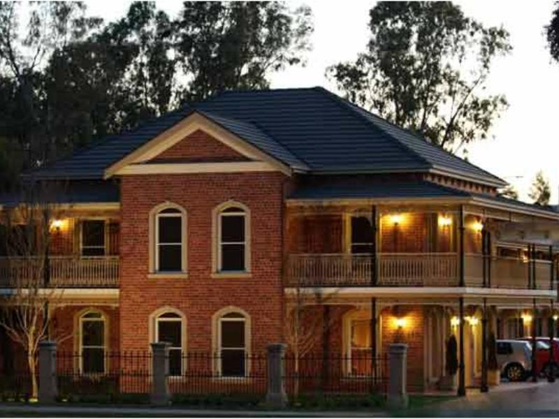 Carlyle Suites & Apartments - Hotell och Boende i Australien , Wagga Wagga