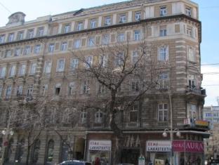 Friends Hostel Boedapest - Hotel exterieur