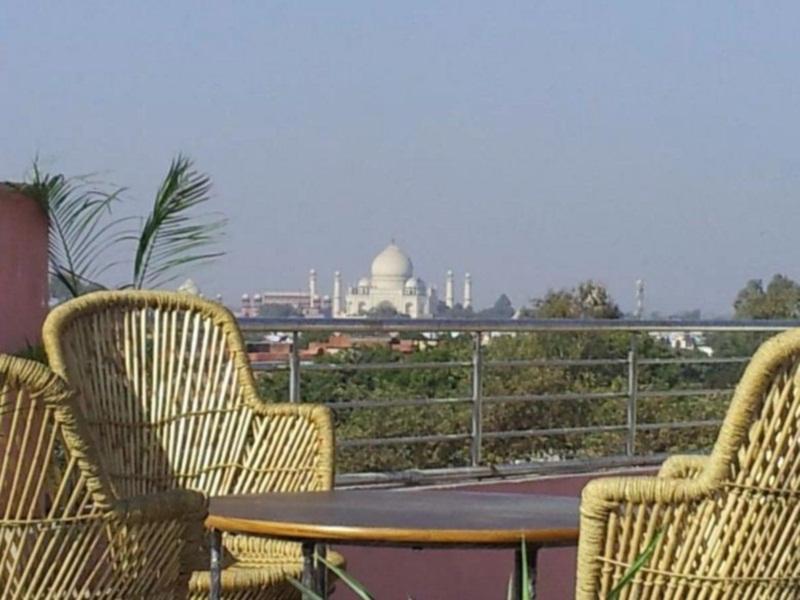 Hotel Love Kush - Agra