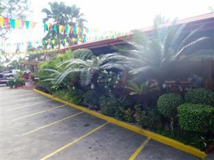 Balay Inato Pension Puerto Princesa City - Car Park
