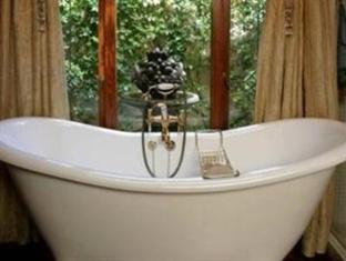 Morrells Manor House Johannesburg - Bathroom