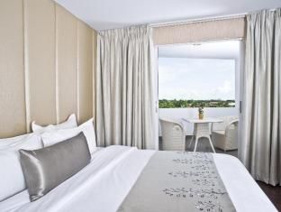Goldberry Suites & Hotel Cebu - Hotellihuone