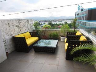 Goldberry Suites & Hotel Cebu - Balkon/Teras