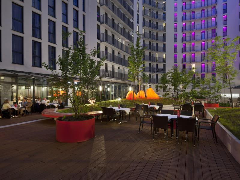 Holiday Inn Berlin Centre Alexanderplatz برلين